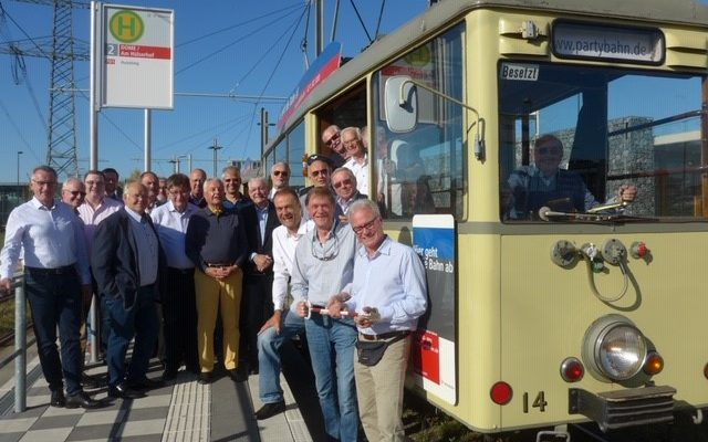 Fahrt mit der historischen Rheinbahn
